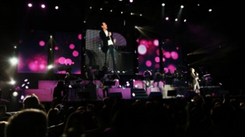 Show Marc Anthony